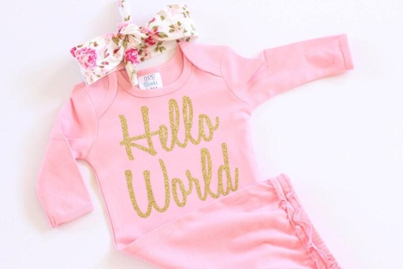 f05ef1209 Ropa de bebé niña traje de recién nacido Hola mundo oro bebé