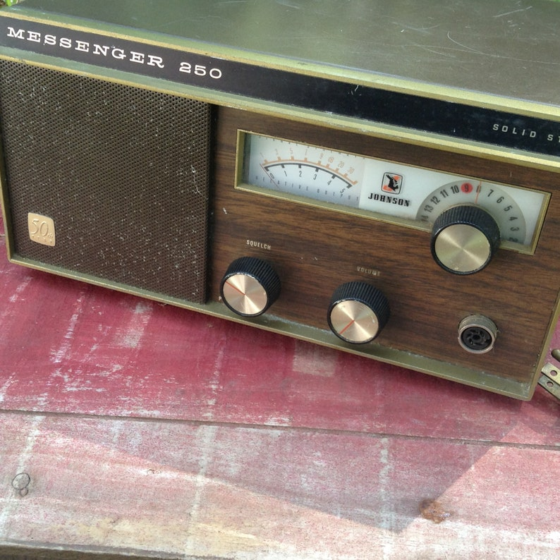 1970s Johnson Messenger 250 Solid State 50th Year CB Radio Base Sation