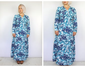 Vintage 1960's Blue and White Floral Hawaiian Maxi Dress 14