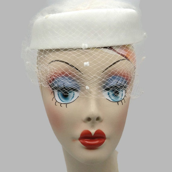 1960's White Netted Peek A Boo Pillbox Hat