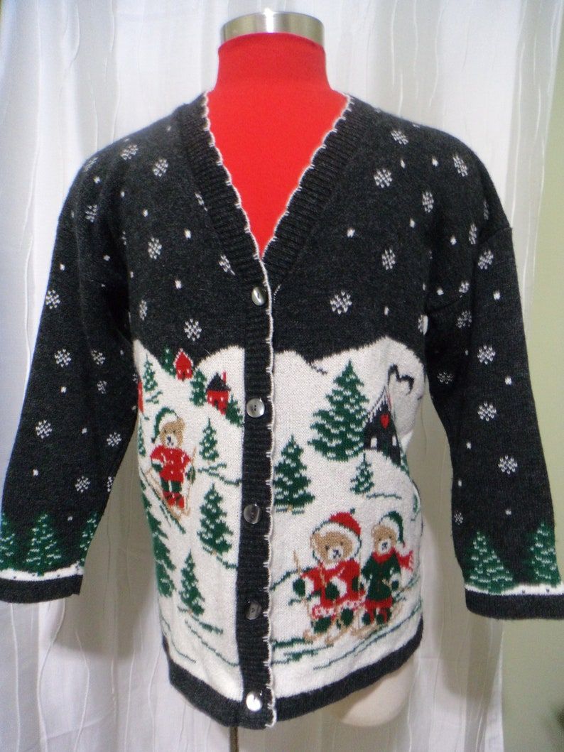 Vintage Christmas Sweaters.Vintage Ugly Christmas Sweater Gray Christmas Size Women S Large Or Extra Large Skiing Sweater Skiing Teddy Bears Mountain Cabins