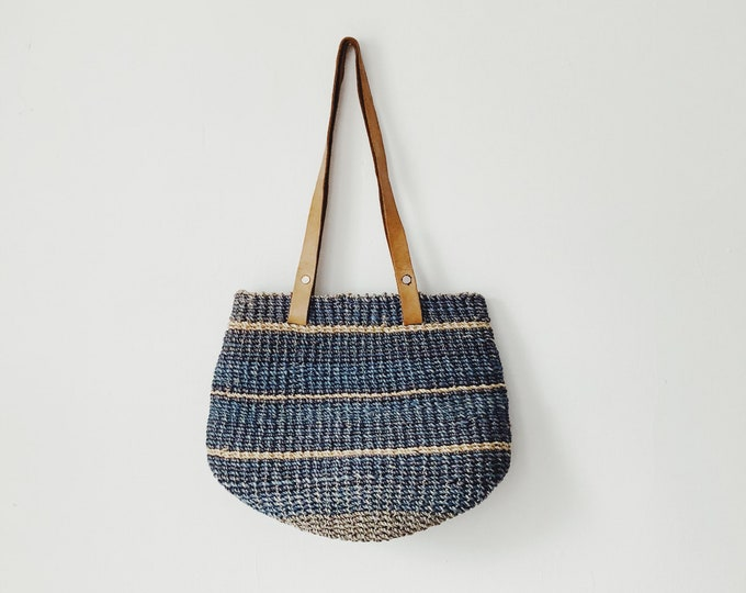 Vintage sisal total with leather straps