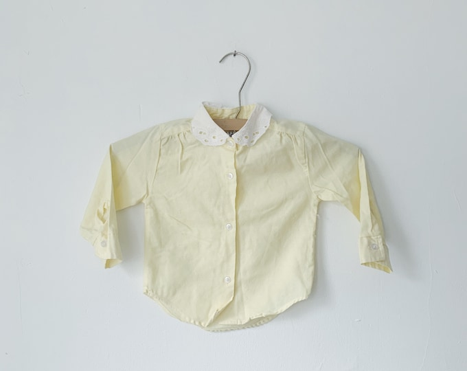 Vintage lace collar baby shirt