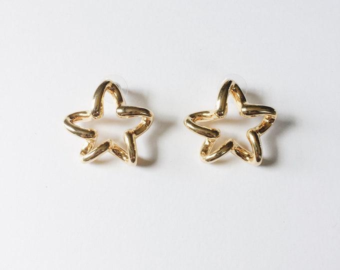 vintage statement earrings | gold star earrings | pierced earrings | statement earrings | star earrings | Able Shoppe