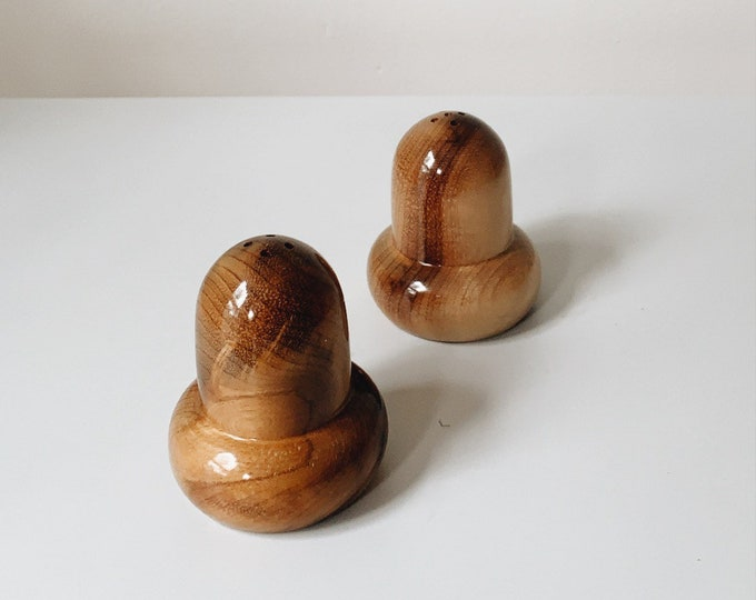Mid Century acorn salt and pepper shakers