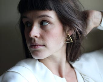 vintage 90s triangle earrings | Able Shoppe