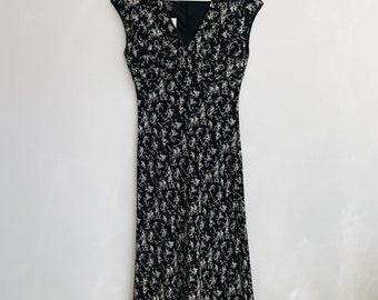 Vintage floral midi dress