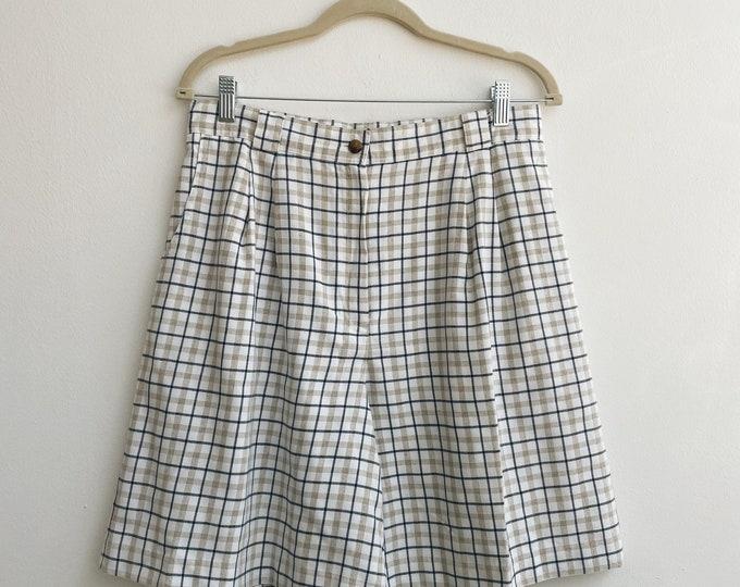 Vintage patterned shorts