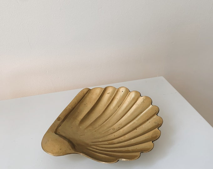 Mid century brass shell dish / catch all