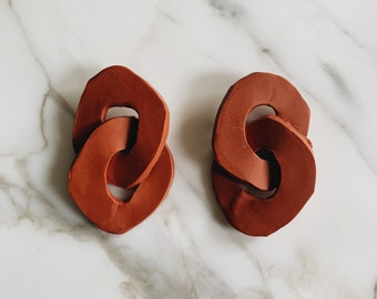 Organic sculptural chain earrings | rust