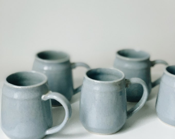 Vintage ceramic mugs | vintage mug set | vintage pottery | vintage ceramics | ABLE SHOPPE