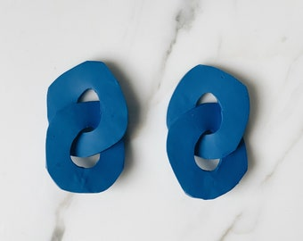 Organic sculptural chain earrings | Matisse blue