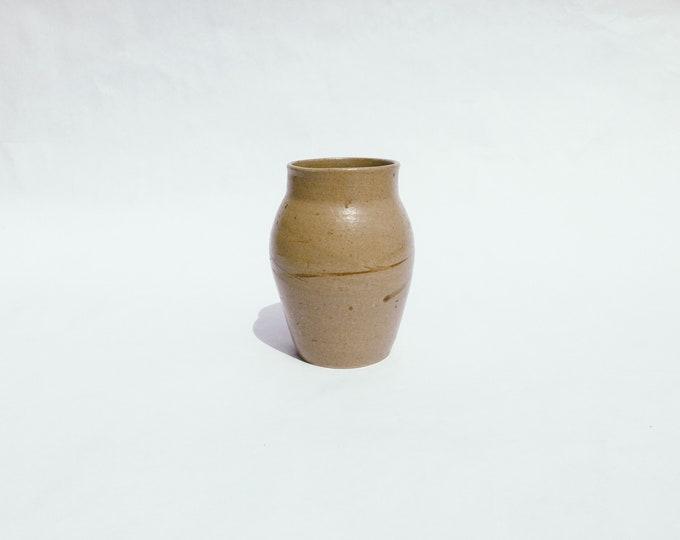 Vintage ceramic vase | vintage pottery | vintage ceramics | ABLE SHOPPE