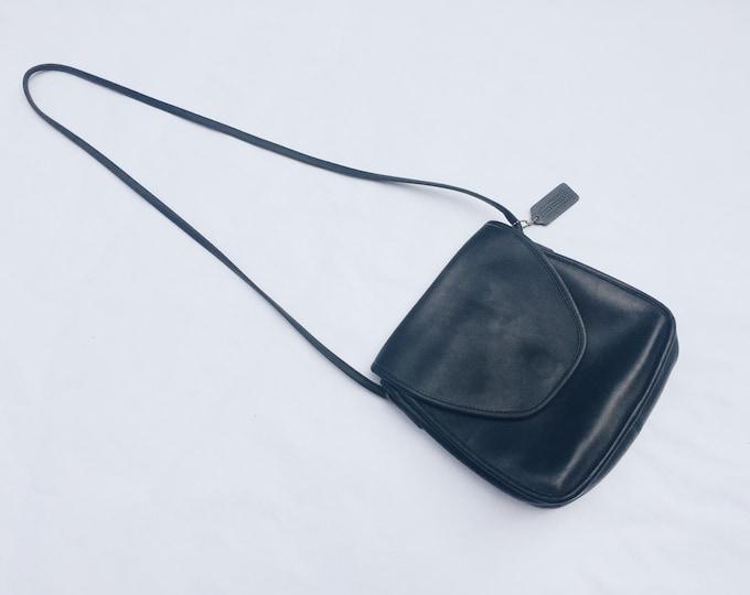 Vintage coach crossbody purse | coach bag | black leather crossbody | Able Shoppe | coach handbag | coach purse