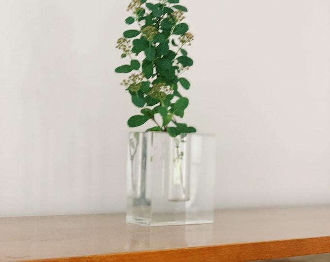 Vintage modernist block crystal bud vase