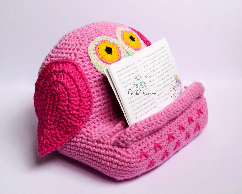 Suzi Owl Book/Tablet Holder crochet pattern tablet pillow