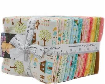 Moda Fabrics - Home Sweet Home MODA PRECUT, Fat Quarter BUNDLE