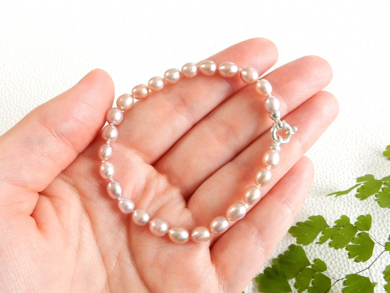 oval potato pearls Light pink pearl bracelet with silver clasp