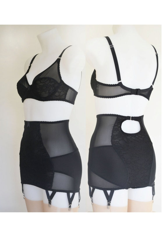 Red /& Black Lace Retro Vintage Lingerie Long Line Girdle Garter Suspender belt