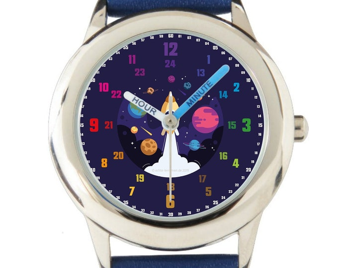 Armbanduhr EasyRead Lernuhr inkl. Download Tagesplaner, Übungsblatt, Basteluhr für Kinder ab 4 Jahren | Lila Rakete Weihnachtsgeschenk