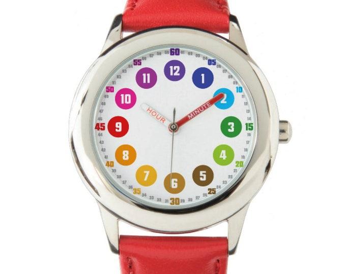 Featured listing image: Schlichte Armbanduhr 12 Stunden Format