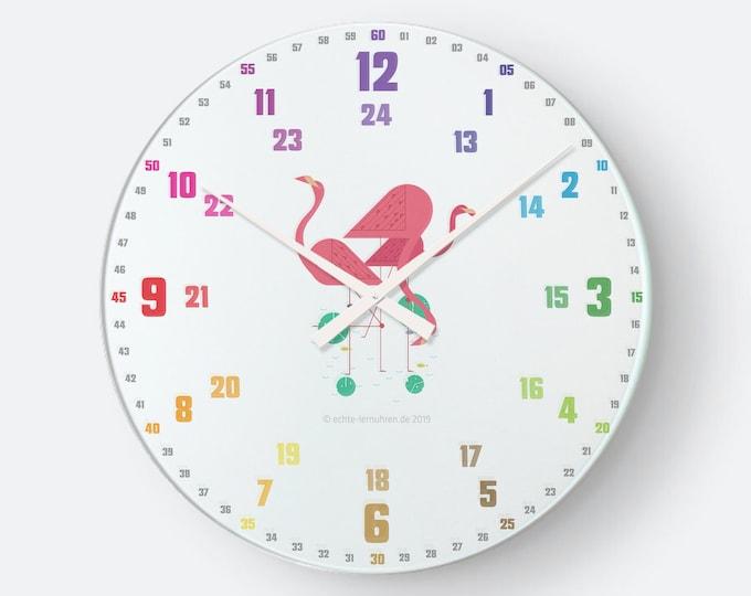 Lernuhrsytem als geräuschlose Wanduhr für Kinder inkl. Bastelbogen, Tagesplaner und Übungsblättern   Regenbogenziffern Flamingo