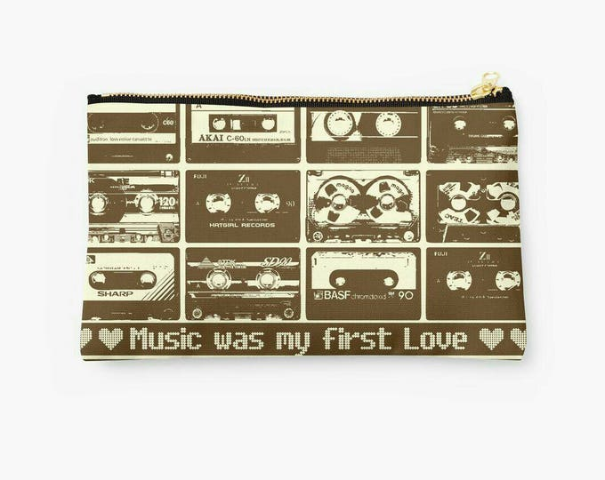 Music Retro Tape © hatgirl.de Studio Clutches