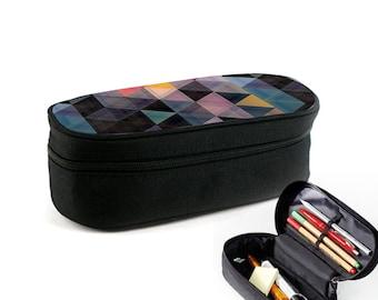 Neutral Pattern Colourful 6Eck 3Eck | Etui mit Reißverschluss als Ramschmappe, Make-Up-Case oder Brillenetui