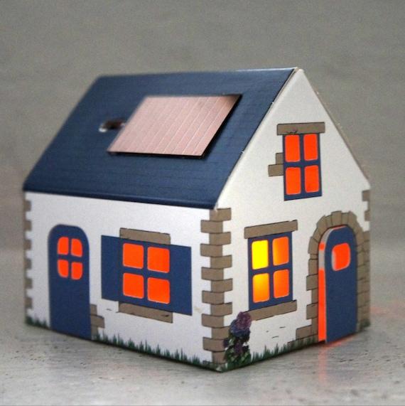Solar powered night light CASAGAMI House