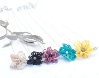 Flower necklace in lace, natural stone and sterling silver
