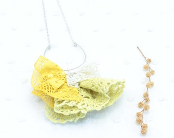 Lace necklace Beige / Yellow / Coral pink / Purple - Sterling silver