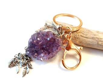 Amethyst Crystal Geode Keychain, Geode Gifts, Classy Keychains, Healing Crystals Keychain, Purple Car Accessories, Crystal Gift