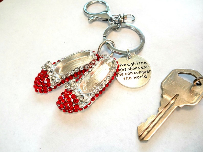 866988494 Ruby Slippers Keychain Red Shoes Charm Key Ring Wizard of