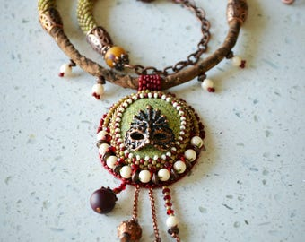 "Bead Embroidered Necklace ""The Masquerade 2.0"""