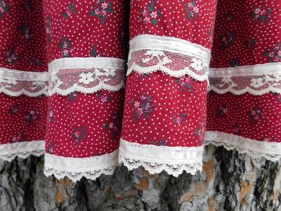 Vintage Gunne Sax Dark Red Calico Floral Velvet G… - image 9