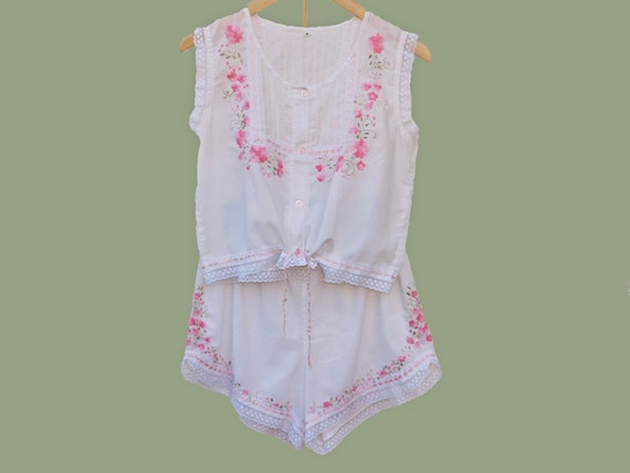 Rare Hand Embroidered Lace and Ribbon Pajama Set-L