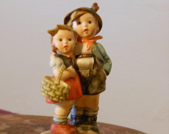"Hummel ""Surprise"" Figurine TMK4"