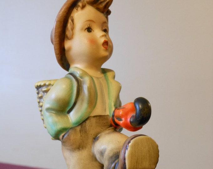 "M.I. Hummel Figurine ""The Happy Traveler"" #79 TMK2"