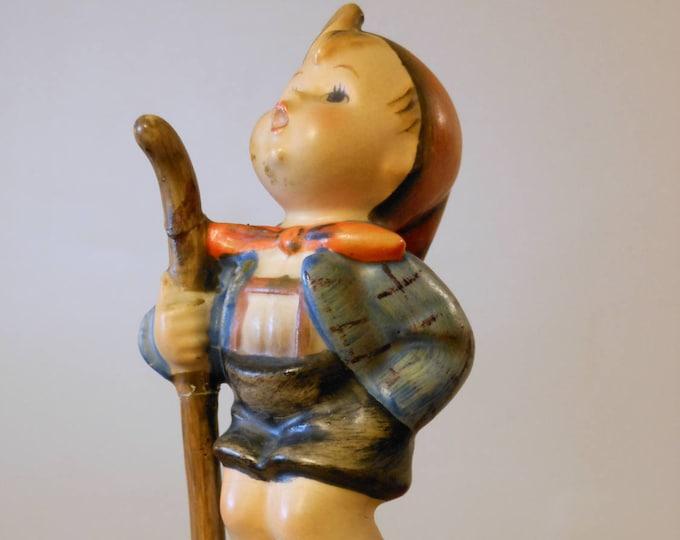 M.I Hummel Figurine: The Little Hiker #16 2/0 TMK2