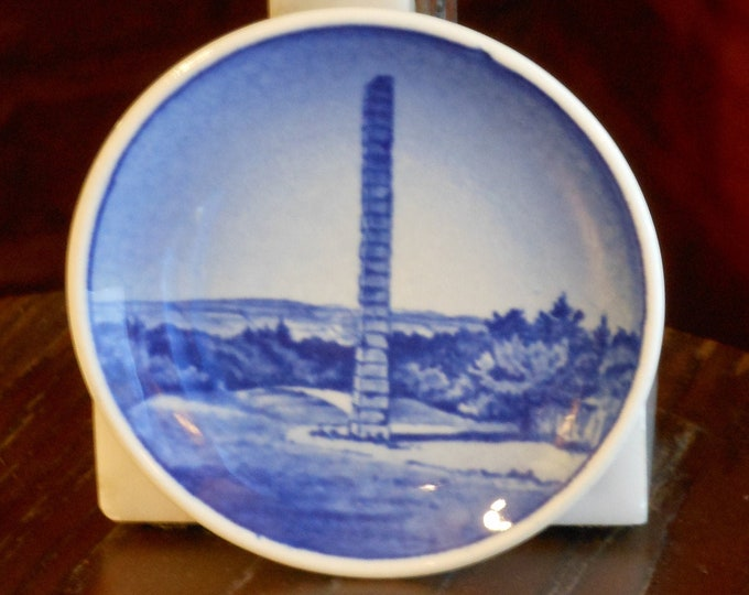 Royal Copenhagen Skamlingsbanken Miniature Collectible Plate