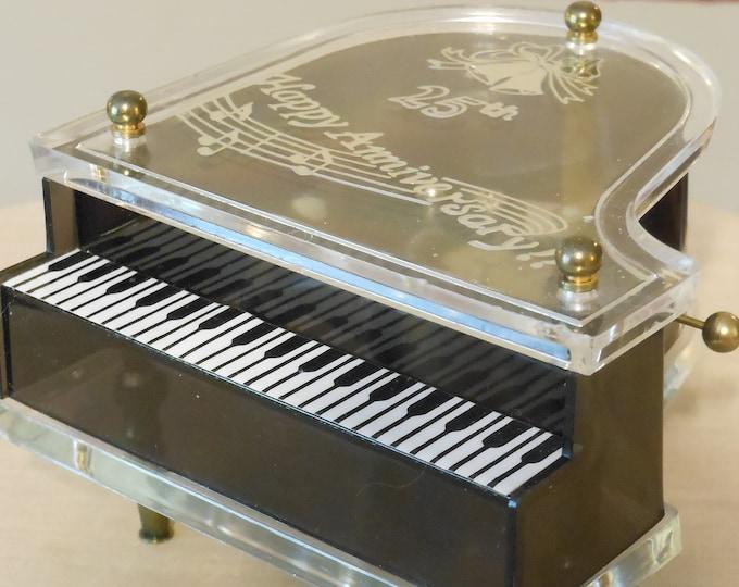 Schmid Piano 25th Anniversary Music Box: Anniversary Waltz