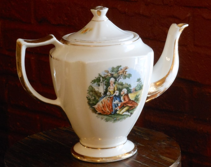 Kingwood China Vintage Victorian Teapot