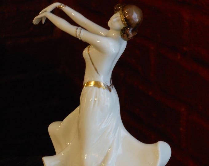 Fine German Porcelain Flapper Dancer