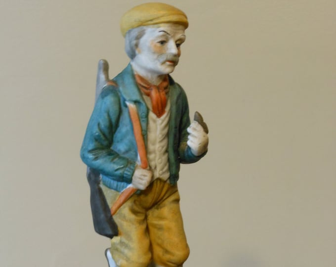 Gentleman Hunter Figurine