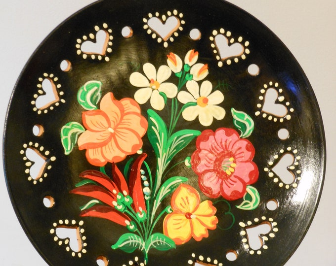 Hand Painted Floral Reticulated Terra Cotta Plate