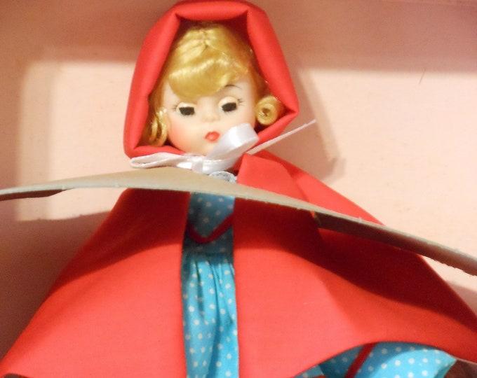 NIB Madame Alexander Little Women Series Red Riding Hood 482