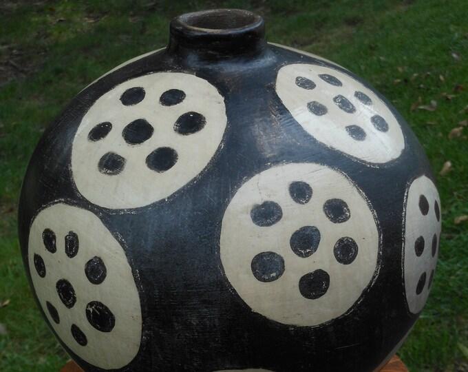 Large Chulucanas Vase