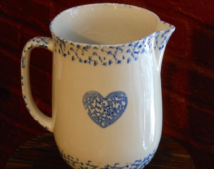 Tienshan Stoneware Folk Craft Sponge Cow/Heart 1-Quart Pitcher