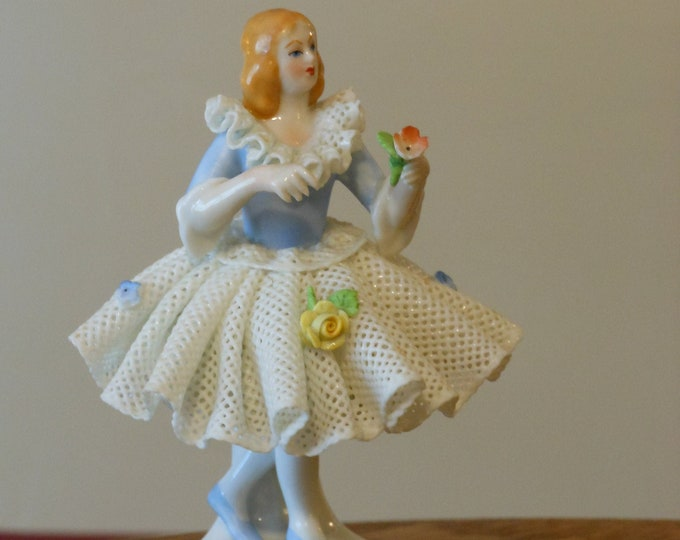 Dresden Lace Handarbeit Miniature Figurine