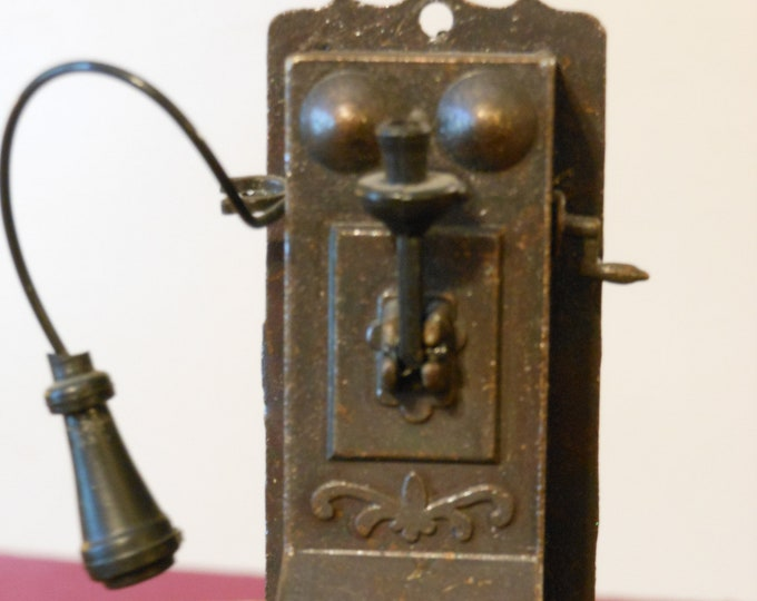 Old Time Telephone Pencil Sharpener